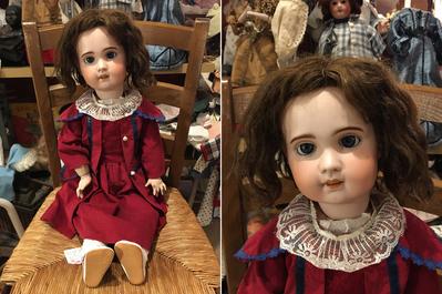 poupée sfbj inscrit 2 sous pied